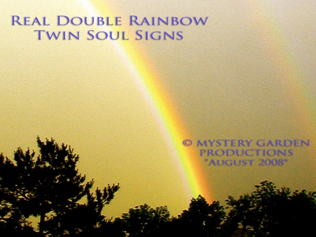 Real Rare Double Rainbow appears on Date Susan Elsa´s Label is founded - Twin Soul Pop Signs © August 2008 Image